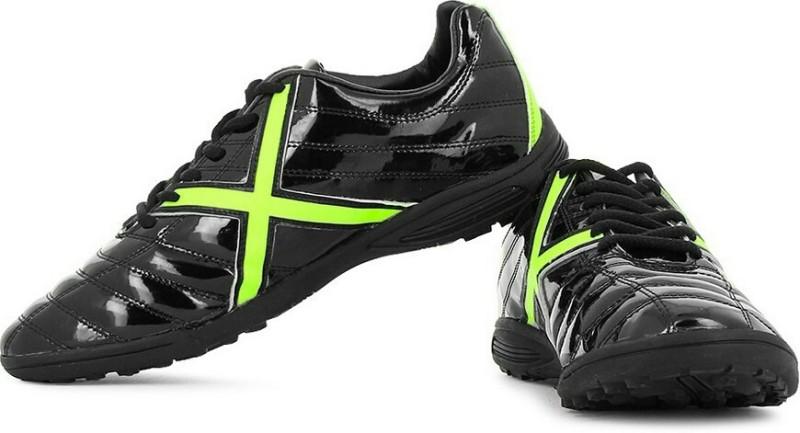 Vector X Kobra Indoor Football Shoes For Men(Black, Green)