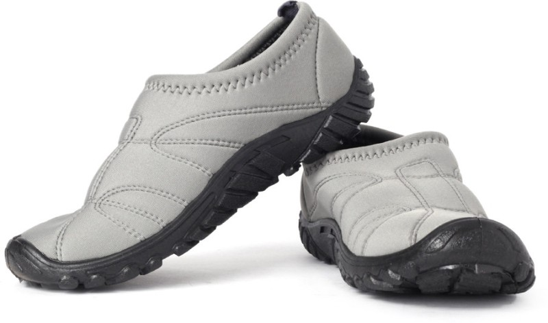 Gliders by Liberty Golf Walking Shoes For Men(Grey, Black)
