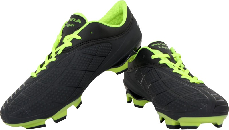 Nivia Dagger Football Shoes For Men(Black, Green)