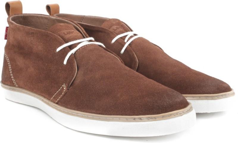 Levis Chukkas_Suede Men Boots For Men(Brown)