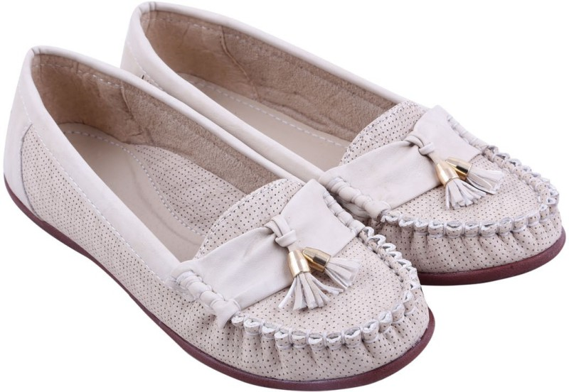 Adorn New Look Loafers(Beige) New Look