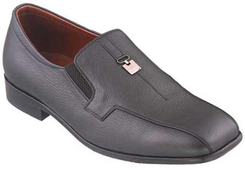 Metro Da Vinchi Slip On Shoes For Men(Black)