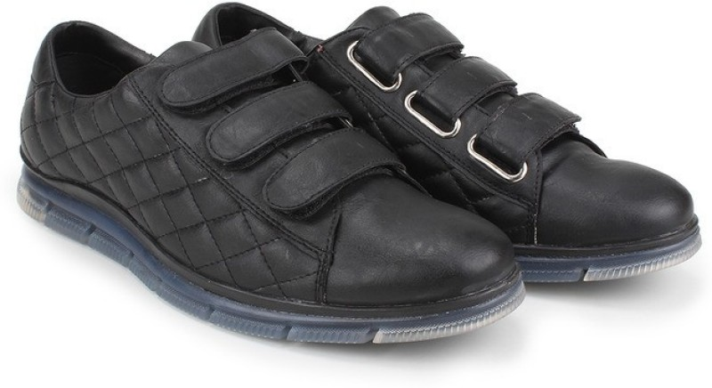 Knotty Derby Johnson Quilted Corporate Casuals For Men(Black)