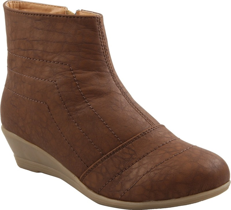 Adorn Comfort & Durable Boots(Brown)