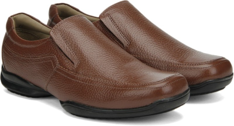 Hush Puppies By Bata NEW BOUNCE SLIP O slip on shoes For Men(Brown)