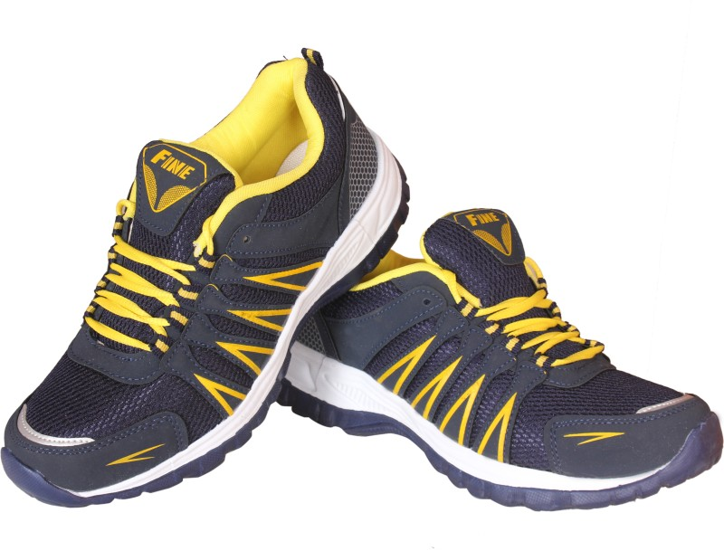 Delux Look Fine Cricket Shoes For Men(Yellow)