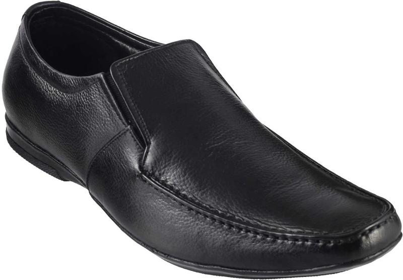 Metro Classic Slip On Shoes For Men(Black)