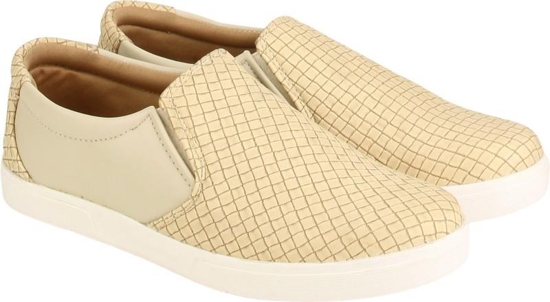 Quarks Loafers For Men(Beige)