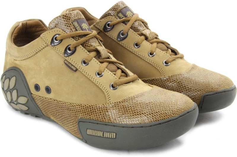 Woodland Null Men Outdoor Shoes For Men(Brown)