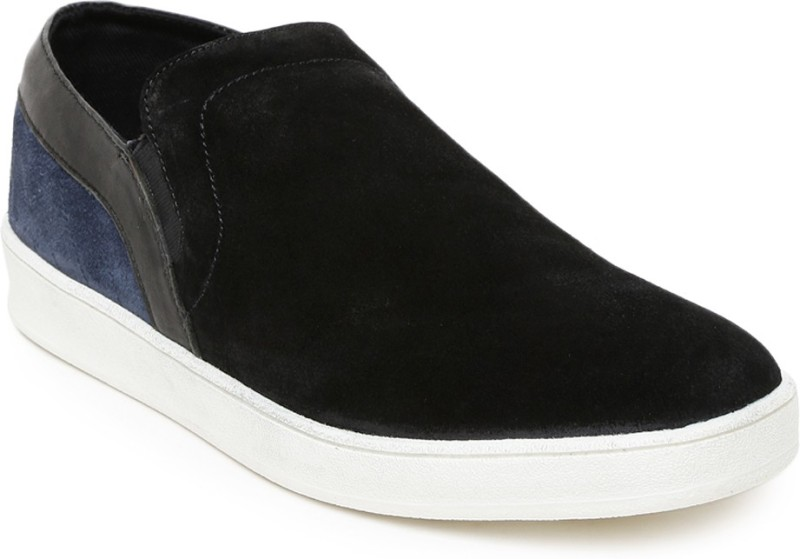 Roadster Casual Shoes For Men(Black)