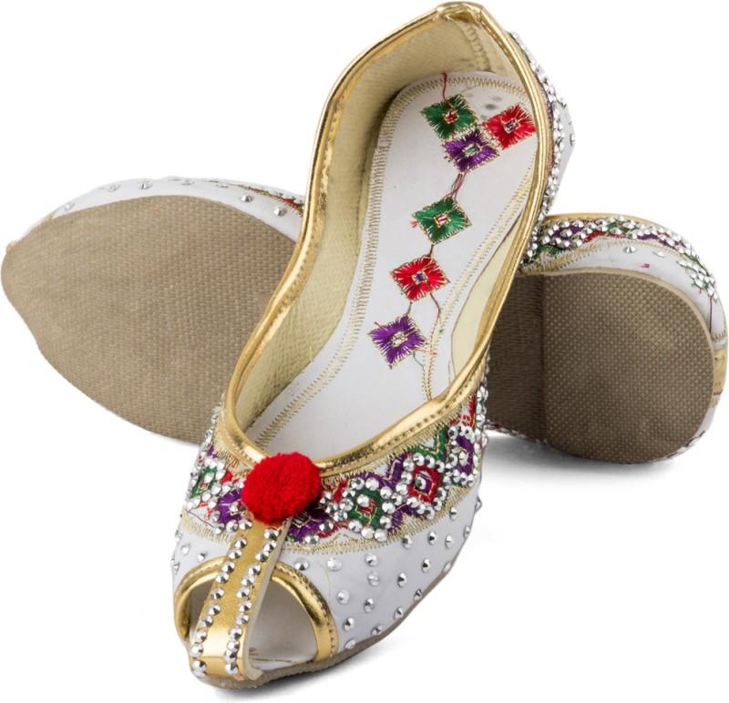 Tashi Beige Punjabi juttiBeige