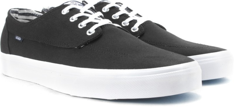 Vans BRIGATA Men Sneakers For Men(Black)
