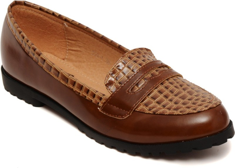 Flat n Heels Loafers For Women(Brown)