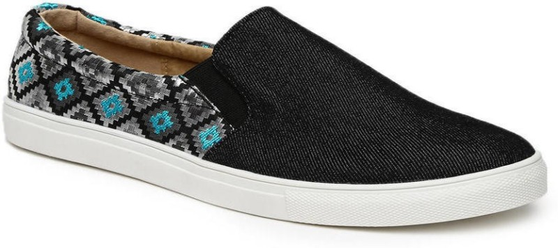Addons Addons Slip-On Rubber sole Sneakers Loafers For Women(Black)