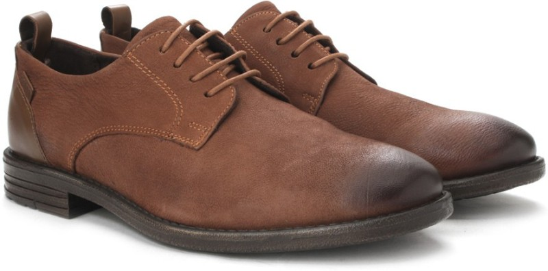 Levis Gatsby Corporate Casuals For Men(Brown)