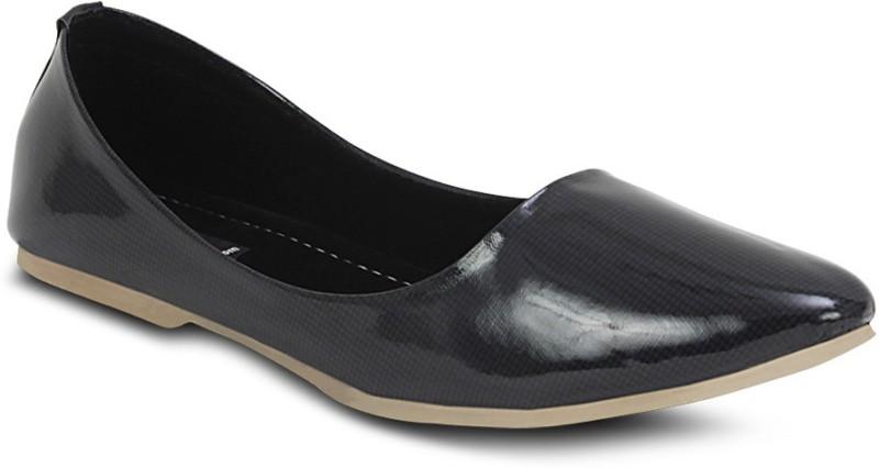 https://rukminim1.flixcart.com/image/800/800/shoe/u/g/f/black-lt-ff-320-get-glamr-36-original-imadyzv6rtv6vpgp.jpeg?q=90