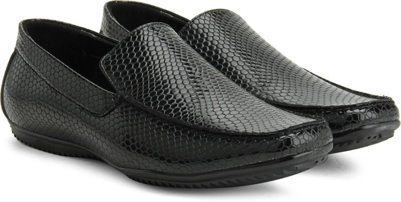 Bata JAMIE Loafers For Men(Black)