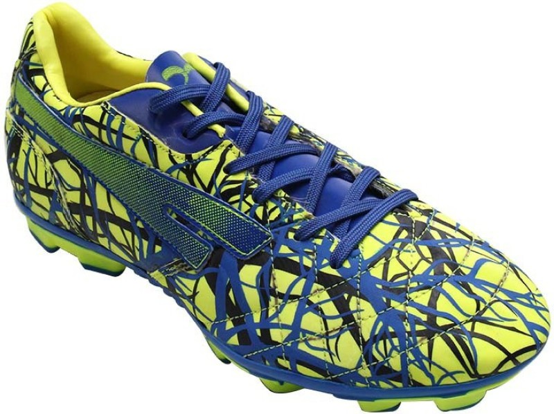 SEGA Pluto Football Shoes For Men(Multicolor)