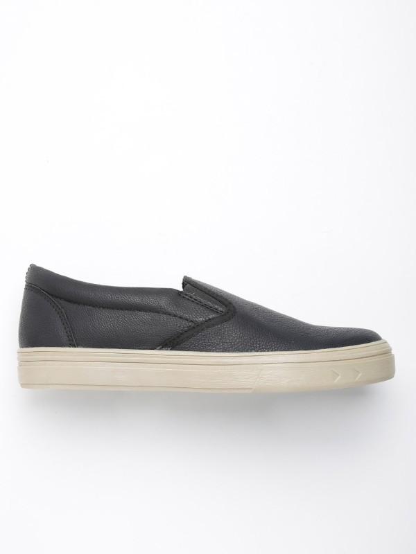 Roadster Loafers For Men(Black)