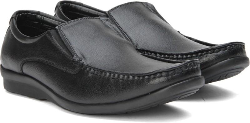 Bata SCALE slip on shoes For Men(Black)
