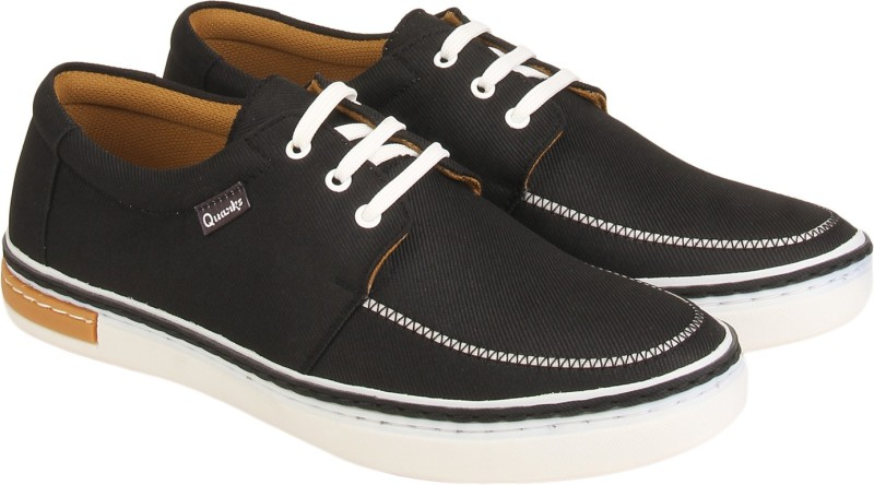 Quarks Canvas Shoes(Black)