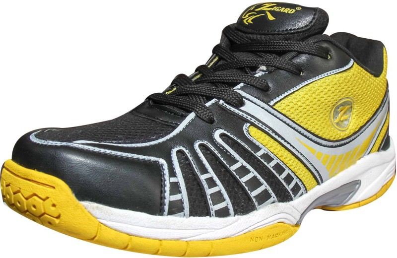 Zigaro Badminton Shoes For Men(Black, Yellow)