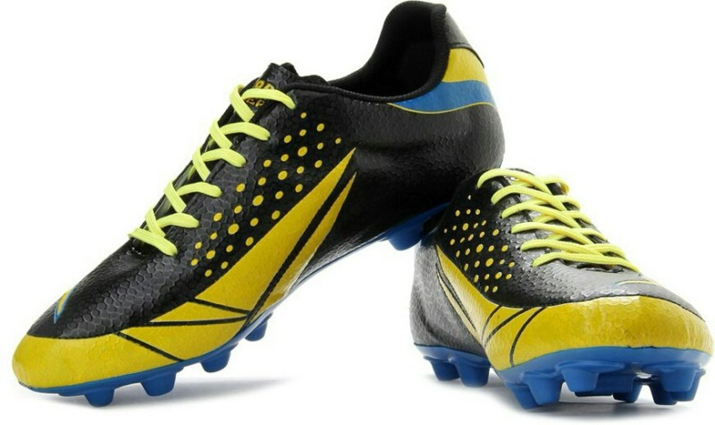 Vector X II Football Shoes For Men(Black, Yellow)
