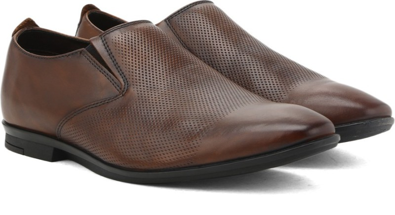 Clarks Kinver Step Tan Leather Slip-on For Men(Brown)