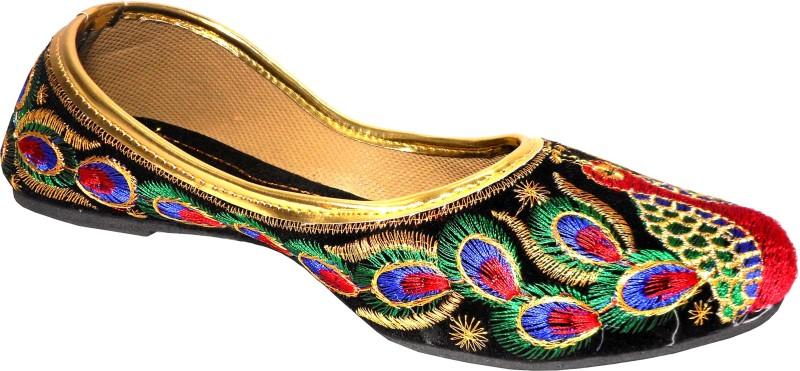 Thari Choice Jutis For Women(Multicolor)
