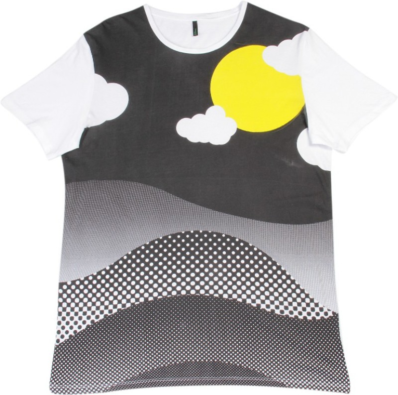 United Colors of Benetton. Printed Mens Round Neck White, Black T-Shirt