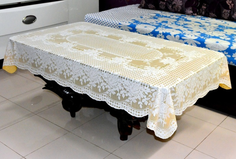 Katwa Clasic Floral 2 Seater Table Cover(Beige, PVC)