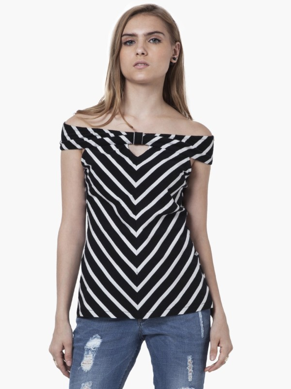 FabAlley Casual Sleeveless Printed Women's Black Top