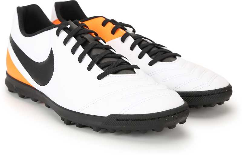 Recuento Contribuyente sin  Nike TIEMPO RIO III TF Football Shoes For Men - Buy WHITE/Black-Total  Orange Color Nike TIEMPO RIO III TF Football Shoes For Men Online at Best  Price - Shop Online for Footwears