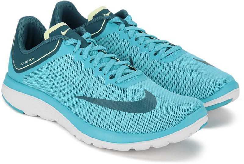pegamento Dedicar transferencia de dinero  Nike WMNS NIKE FS LITE RUN 4 Running Shoes For Women - Buy CHLORINE  BLUE/INDUSTRIAL BLUE Color Nike WMNS NIKE FS LITE RUN 4 Running Shoes For  Women Online at Best Price -