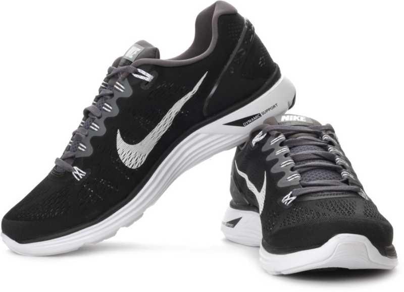 Productos lácteos Hacia fuera En otras palabras  Nike Lunarglide 5 Running Shoes For Men - Buy Black Color Nike Lunarglide 5  Running Shoes For Men Online at Best Price - Shop Online for Footwears in  India | Flipkart.com