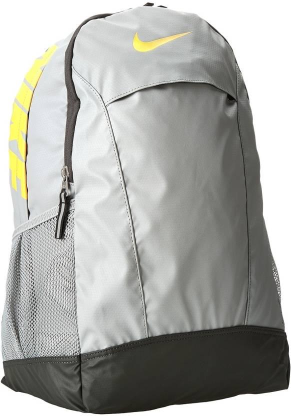 Nike Team Training Medium Medium Backpack Grey - Price in India ... 1a3d69c83262b