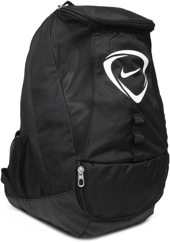 9896a02ff8 Nike Men Club Team Large Backpack Black - Price in India
