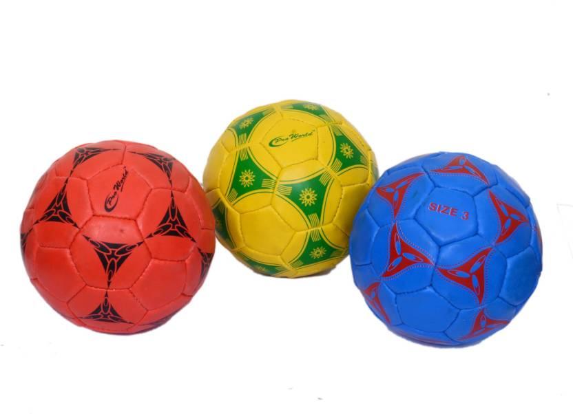 CW Pro World Football -   Size: 3