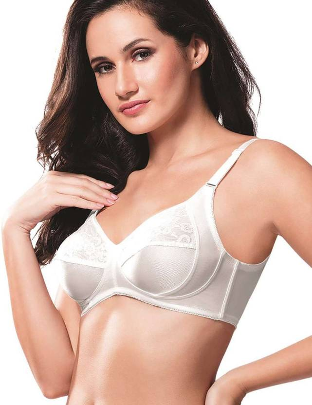 5543a245c Amante Women s Minimizer Non Padded Bra - Buy White Amante Women s ...