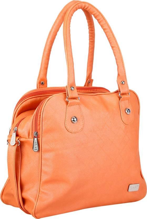 HandHeld Bags!! Upto 90% off On Bags,Wallets & Belts By Flipkart