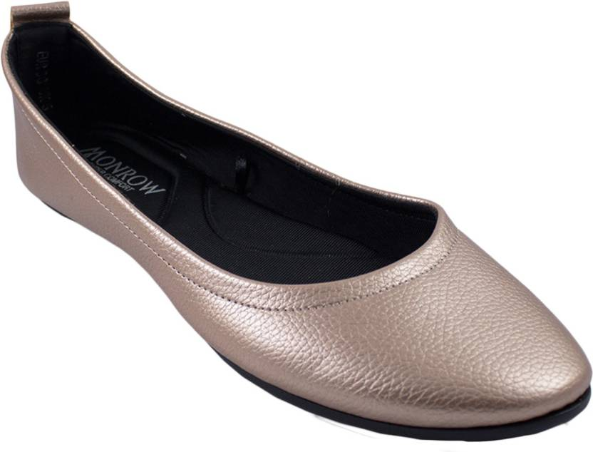 9b2cc20ad MONROW Women ROSE GOLD Bellies - Buy MONROW Women ROSE GOLD Bellies Online  at Best Price - Shop Online for Footwears in India