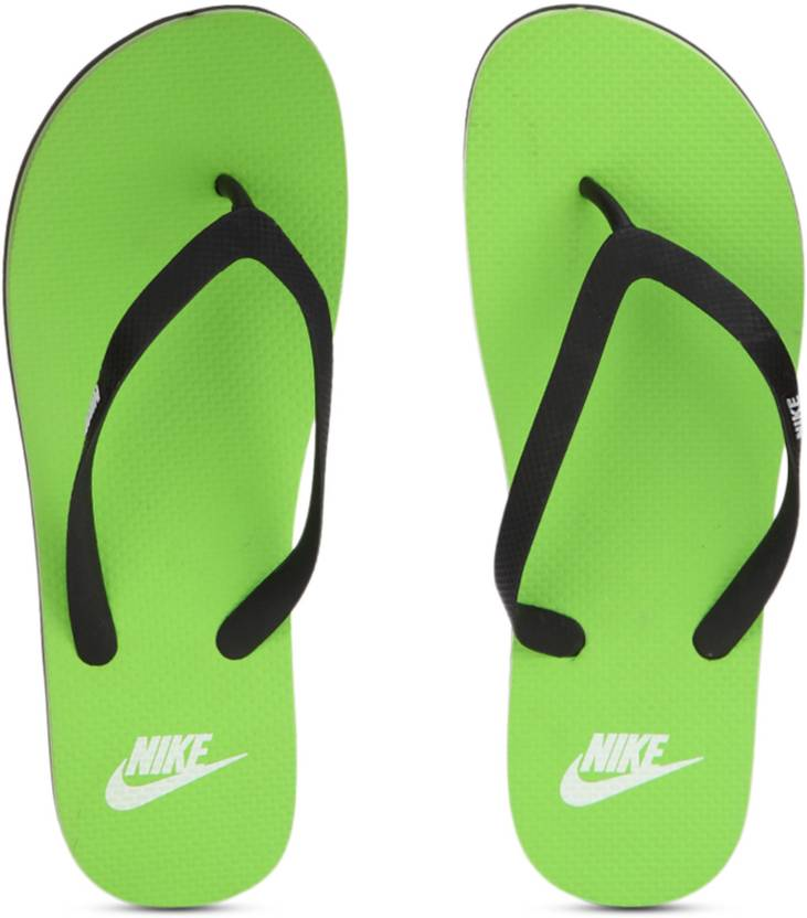 e3080ea3a7f55 Nike AQUASWIFT THONG Flip Flops - Buy BLACK WHITE-ELECTRIC GREEN Color Nike  AQUASWIFT THONG Flip Flops Online at Best Price - Shop Online for Footwears  in ...