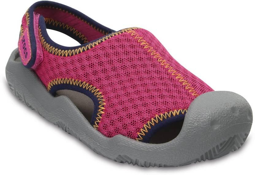 9161372d1662 Crocs Girls Slip-on Sports Sandals Price in India - Buy Crocs Girls ...