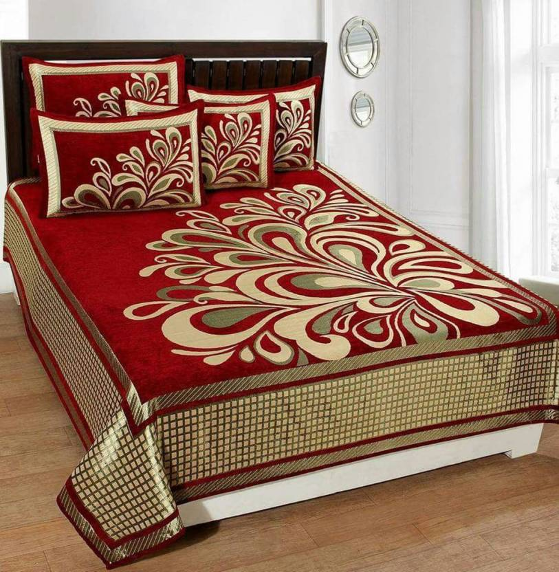 03a48624a2 Innovative Edge 250 TC Velvet Double King Embroidered Bedsheet (Pack of 1,  Red)