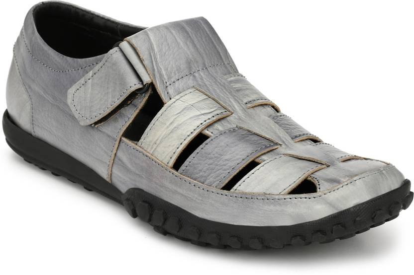 3b9c1a6bfeb9 Afrojack Men Grey Sandals - Buy Afrojack Men Grey Sandals Online at Best  Price - Shop Online for Footwears in India