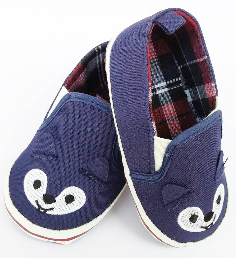 690f0b8f44f1 Oosme Blue Cute Animal New Born Boy   Girl Baby Shoes (9-15 months) Booties  (Toe to Heel Length - 13 cm Green)
