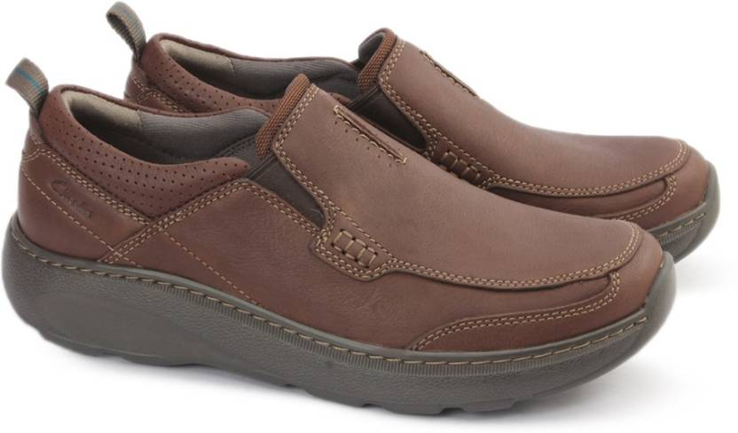 1f3d03fccb41 Clarks CHARTON STEP BROWN LEATHER Boat Shoes For Men - Buy Brown ...