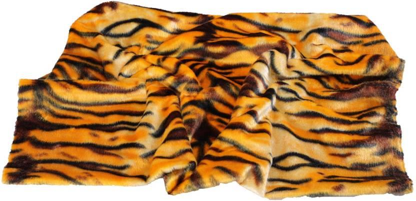 Vardhman Felt Cloth ( Fleece Fabric) Tiger print, Size 32