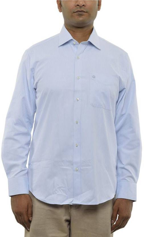 d218b90c104 Intrinsiq Men Solid Casual White Shirt - Buy Intrinsiq Men Solid Casual  White Shirt Online at Best Prices in India