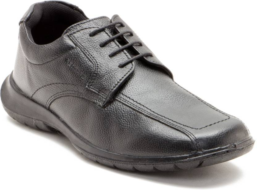 Red Tape Men Genuine Leather Wrinkled Leather Shoes